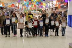Carrefour Ploiesti a premiat castigatorii concursului de desene de Paste