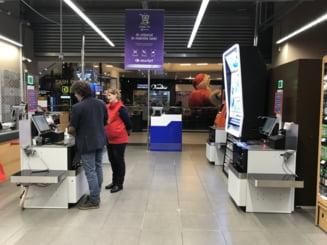 Carrefour isi extinde sistemul de Self Service in trei hipermarketuri din Sibiu, Cluj si Iasi