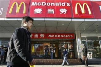 Carrefour si McDonalds isi cer scuze consumatorilor chinezi