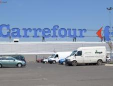 Carrefour testeaza magazinele de tip drive-pieton cu comanda online