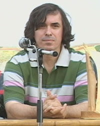 Cartarescu, despre PD-L: Spagari si nemernici protejati de colegii din Parlament