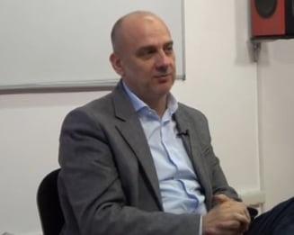 Cartel Alfa ii cere lui Grindeanu demisia a doi ministri. Seful BNS: Trebuia sa mearga la Dragnea si Tariceanu