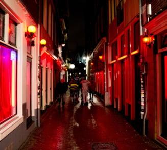 Cartierul rosu din Amsterdam se transforma pe zi ce trece
