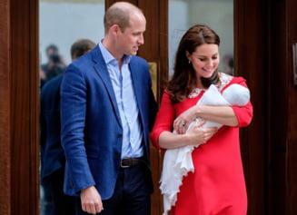 Casa Regala a facut publice poze dragalase cu printul Louis si sora lui mai mare (Foto)