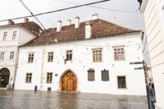 Casa natala a lui Matei Corvin din centrul municipiului Cluj-Napoca ar putea fi restaurata de Ministerul Dezvoltarii