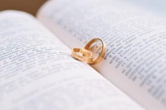 Casatoria doar intre femeie si barbat: Am putea fi chemati la referendum in aprilie UPDATE