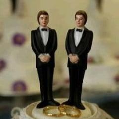 Casatoriile gay in Romania - Biserica, tratata ca un stadion?