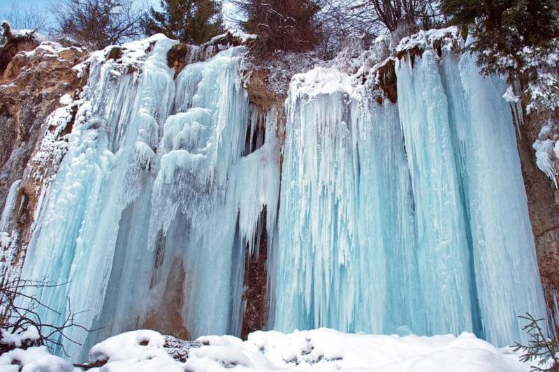 Cascada Pisoaia, iarna