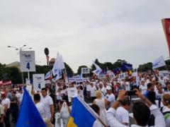 """Cat a costat mitingul """"camasilor albe"""" PSD. Circul cu peste 200.000 de oameni din 2018, platit cu o suma colosala din bani publici"""