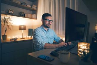 Cat de importanta este lumina in activitatea zilnica: ponturi pentru a fi mai productivi si eficienti la locul de munca
