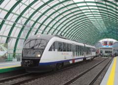 """Cat de prost a fost gandit trenul Bucuresti-Otopeni. """"Este o loterie intre cele 14 peroane ale Garii de Nord"""""""