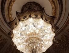 Cat ne costa Parlamentul: Deputatii dau peste 5.500 de euro pe dero de candelabre si pastile pisoar