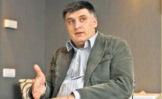 Catalin Avramescu, consilierul lui Basescu, da testul de ambasador in Parlament