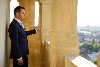 Catalin Chereches, care a castigat un nou mandat la Primaria Baia Mare, ramane in arest