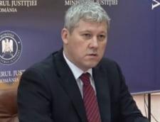 "Catalin Predoiu: ""Avertizez pe toti cei care au intentia de a savarsi infractiuni: statul va da o riposta ferma tuturor infractorilor"""
