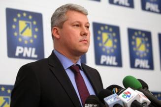 Catalin Predoiu, parasit de liberali. Liderii PNL au stat ascunsi toata ziua