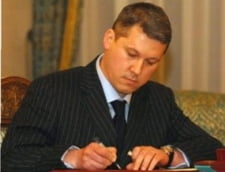 Catalin Predoiu il insoteste pe Tariceanu la intalnirea cu Barroso