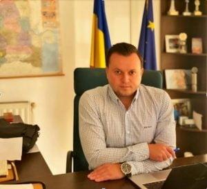 Catalin Silegeanu: Ziua educatiei ! Statul creeaza analfabeti functionali!
