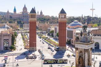 Catalonia, afectata de epidemia de coronavirus, isi inchide granitele regionale. Madridul introduce interdictii similare in urmatoarele doua weekenduri