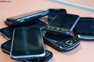 Cate smartphone-uri s-au vandut in Romania in ultimii ani. Bancile vor comercializa telefoane?