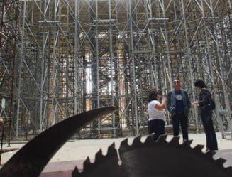 Catedrala cu lifturi si clopote actionate electric, in Voluntari