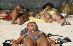 Cateva reguli simple de care trebuie sa tineti cont pentru a nu fi jefuiti cand mergeti la plaja