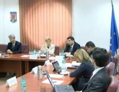 Cati magistrati s-au plans pana acum de presiuni din partea lui Basescu si Ponta