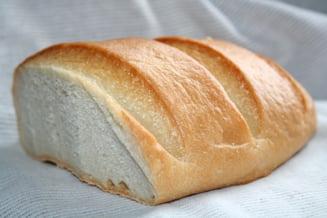 Cati producatori si comercianti au scazut, in realitate, pretul painii
