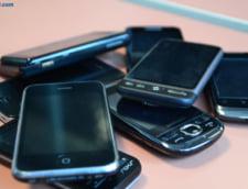 Cati romani au smartphone-uri si tablete - Liceenii si studenti, cei mai pasionati de gadget-uri