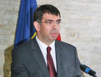 Cazanciuc, despre plangerea lui Iohannis: Divergentele politice nu trebuie rezolvate prin plangeri penale