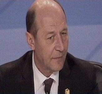 Cazul Voicu, un efect colateral al Mos Craciun-ului lui Vanghelie, spune Basescu