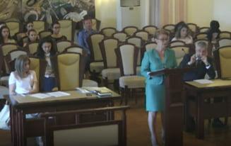 Cazul completurilor specializate, a 6-a oara pe masa CCR: Sefa Inaltei Curti cere suspendarea discutiilor, Iordache castiga