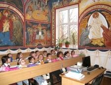 Cazurile de indoctrinare religioasa in scoli: Un ONG solicita Ministerului Educatiei sa ia masuri