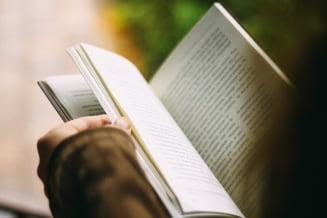Ce (re)citim in 2020: Recomandari de carti de la trei bookstagrammeri romani cu mii de fani pe Instagram
