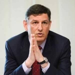 Ce a descoperit Costin Borc in Ministerul Economiei: angajatii se parasc intre ei