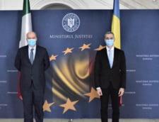 Ce a discutat Stelian Ion cu ambasadorul Italiei despre condamnatii romani ascunsi in Peninsula. Numele grele din lista: Alina Bica, Mario Iorgulescu si Dragos Savulescu