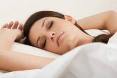 Ce alimente te pot ajuta sa dormi bine