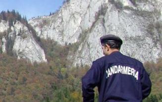 Ce-au patit sase bucuresteni care s-au aventurat pe un traseu necunoscut pentru a ajunge la barajul Paltinu
