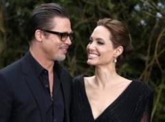 Ce-au primit Angelina Jolie si Brad Pitt la nunta? (Foto)