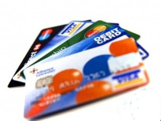 Ce comisioane percep bancile la retragerile de la bancomat?