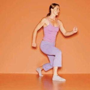 Ce exercitii sa faci pentru a-ti tonifia fesele si coapsele (Galerie foto)
