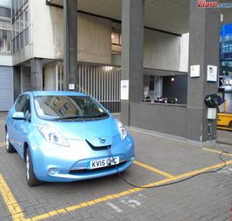 """Ce face Guvernul pentru a stimula vanzarile de masini nepoluante - Programul """"Rabla"""", in linie dreapta"""