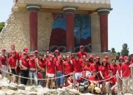 Ce face copilul tau in vacanta de vara? Trimite-l in Grecia la studii!
