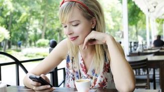 Ce-i face telefonul mobil relatiei tale de dragoste