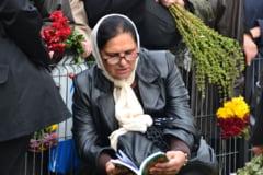 Ce inseamna pentru romani traditiile de Paste: Cati merg la biserica, se spovedesc sau tin post