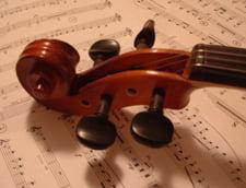 """Ce le pregateste noul an scolar elevilor - """"5 minute de muzica clasica"""""""
