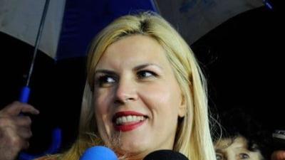 Ce le ureaza Elena Udrea romanilor in 2012