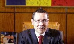 Ce le ureaza Victor Ponta romanilor de Craciun: Sa fie ca si mine... (Video)