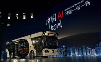 Ce poate face autobuzul inteligent ''panda'', care a fost lansat in China (Foto&Video)