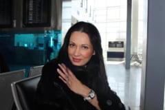 Ce poze isi pun vedetele pe Facebook: Nicoleta Luciu (Galerie foto)